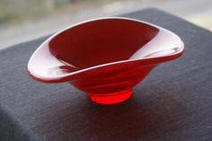 Hadeland- Rubinrød vintage skål Norway, Glass, Design, Drinkware, Corning Glass, Yuri, Tumbler, Mirrors