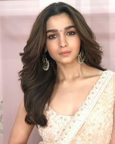 bollywood actresses BOLLYWOOD ACTRESSES : PHOTO / CONTENTS  FROM  IN.PINTEREST.COM #BLOG #EDUCRATSWEB