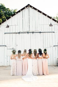 The bride squad in front of Halter Ranch's Historic Barn | Show Me Your Mumu
