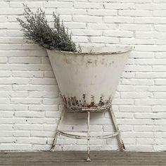 Stand Tall Planter