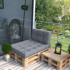 Pallet cushion COLD STORAGE cushion pallet sofa pallet furniture pallet couch sofa - Home - Balcony Furniture Design Pallet Cushions, Diy Pallet Sofa, Diy Couch, Couch Cushions, Couch Sofa, Pallet Storage, Palette Sofa, Banquette Palette, Recycled Pallet Furniture