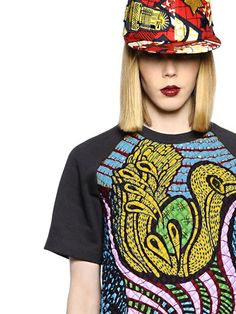 Atelier Vlisco: The expressive colors and outspoken style fundamental to Vlisco craftsmanship are at the core of the initiative.