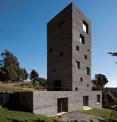 Cien House in Concepción,Chile.Made by Mauricio Pezo and Sofia von Ellrichshausen.