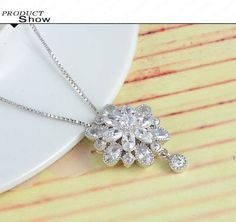 Clear CZ Flower Necklaces For Women Marquise Cut Fashion Wedding Cubic Zirconia Diamond Pendant Jewelry Necklace CNL0016-B