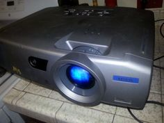 600W Boss Riot REV435  2 Channel car audio amplifier Excellent Condition! - http://electronics.goshoppins.com/vehicle-electronics-gps/600w-boss-riot-rev435-2-channel-car-audio-amplifier-excellent-condition/