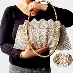 #crochet #crocheted #crochetbag #crochetclutch #crochetshoulderbag #shellbag #scallopbag #fanbag #crochethandbag #crochetstrawbag #glittergoldbag #wovenbag #summerbag #bohostyle #uniquebag #raffiabag #bags #bagsandpurses #onlinebags #freeshipping #handbags #ecrubag #weddingbag #beachwedding #simartshop #crochetart #giftformother #giftforher #simartshop
