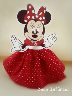 Minnie Mickey Craft, Mickey Mouse Wreath, Minnie Mouse 1st Birthday, Minnie Mouse Party, Baby Birthday, First Birthday Parties, Birthday Party Decorations, Mickey E Minie, Mouse Crafts