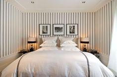 Segundo a teoria da cromoterapia, a luz de cor amarela ajuda a trazer sensação de conforto para o quarto
