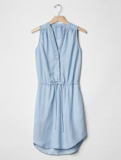 Sz. L; Tencel® chambray shirtdress | Gap