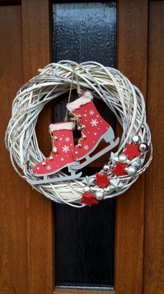 Na zimák nebo na rybník? - Na dveře sníh vánoce vánoční věnec vánoční dekorace vánoční dárek adventní věnec vánoční stromeček věnec na dveře proutěný věnec