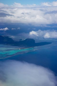 ✮ Heavenly Mauritius seen from the Sky - My parents have been there and said it is one of the most beautiful places ever. I want to go there someday...