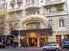 Frente de la librería Ateneo Grand Splendid, Avenida Santa Fe 1860 (vereda sur), en Recoleta, Buenos Aires. Date September 2008