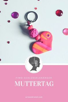 DIY: Kinder basteln zum Muttertag - arianebrand DIY: Children tinker for Mother's Day - Fimo keychain / Even the little ones can easily knead it out of polymer clay Crafts For Teens To Make, Diy For Teens, Diy Crafts To Sell, Diy For Kids, Easy Crafts, Birthday Present For Boyfriend, Presents For Boyfriend, Presents For Girls, Gifts For Girls