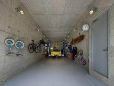 モリモトアトリエ / morimoto atelier の モダンな ガレージ/小屋 ガレージ