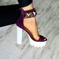 Pinterest: OnlyFashionGirl *Absolutely in love with the chunky heel and the triangular studs #PGONMEHC