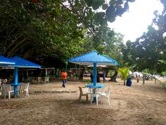 Bayahibe public beach - I love how it has changed since we came here first. Nice tables to sit down and taste the local food and drinks #DiscoverBayahibe