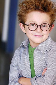20 BEST #ChildActor #Headshot Photographers - Hollywood Mom Blog #LosAngeles