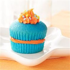 Superstar Cupcakes from Pillsbury™ Baking give you extra frosting in the middle of your cupcakes to enjoy in each and every bite!