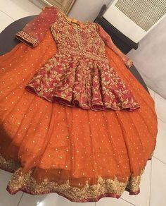 →We Deals In Replica's Of Designer Wears👗 Made To measure, Colour, Design And Material Can Be Changed For Order Contact us on Whatsapp or viber at Pakistani Wedding Outfits, Pakistani Wedding Dresses, Bridal Outfits, Indian Dresses, Indian Outfits, Mehndi Outfit, Mehndi Dress, Red Lehenga, Lehenga Choli