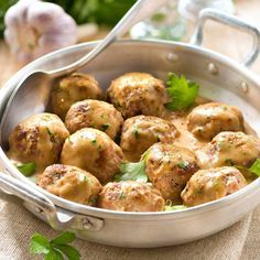 My grandmother's dumplings Recipes Meat Recipes, Cooking Recipes, How To Cook Meatballs, Fish And Meat, Dumpling Recipe, Potato Dishes, Fun Cooking, Diy Food, Main Meals
