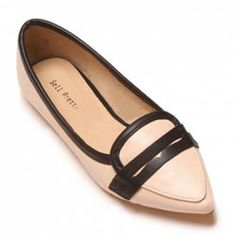 $20.71 British Style Women's Flat Shoes With Color Block and Pointed Toe Design Flat Shoes, Slip On Shoes, Couture Shoes, Sammy Dress, Toe Shape, British Style, Shoe Collection, Womens Flats, Heels