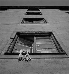 Под катом коллекция черно-белых снимков классика шведской фотографии Гуннара Смолянского. Stockholm, 1956 Stockholm, 1968 Stockholm, 1957 Stockholm, 1956 Stockholm, 1957 Rome, 1970 Lena, 1967 San Francisco, 1980…