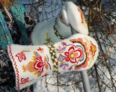 """These mittens are made in the ancient technique of """"nålbinding"""" (Norwegian - also known as needle binding in English). Garments and accessories made in this technique date all the way back to the Viking era and earlier.  Norwegian blogger Bente Halvorsen based these mittens on ones in Heidi Fossnes's book """"Håndplagg til bunad og folkedrakter"""". Image and information courtesy of http://thingsilovetomake.blogspot.ca/2012/03/here-comes-last-pair-and-jewel-in-crown.html"""