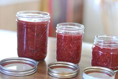 Crock Pot Sugar-Free Strawberry Chia Seed Jam  THM FP