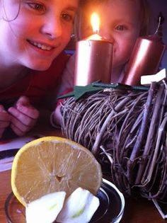 Domácí adventní čistící česnekovo-citrónový zázrak - Chránit své zdraví Diy Cosmetics Ingredients, Cholesterol, Birthday Candles, Detox, Homemade, Diy Ideas, Fitness, Lemon, Home Made