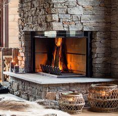 Steinpanel på peis - se løsninger og priser fra Stoneart AS Cabin Interiors, Tasting Room, Rustic Style, Bukowski, Fireplaces, Cottages, Corner, House, Mountains