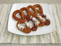 MANDOCAS MARACUCHAS Receta de Maria Brito. 3 Tazas de harina de maíz precocida…