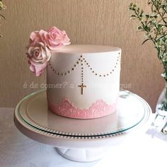Baptism Party Decorations, First Communion Decorations, Christian Cakes, Christening Cake Girls, First Holy Communion Cake, Cross Cakes, Religious Cakes, Confirmation Cakes, 21st Birthday Cakes