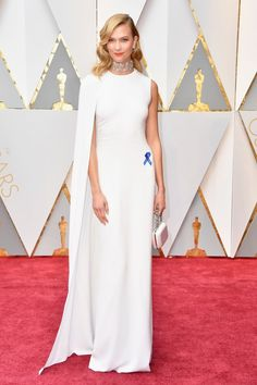 Karlie Kloss channeled Gwyneth Paltrow at the 2012 Oscars in this cape-gown.