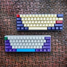 I've stopped buying GMK sets now. Especially when JTK is basically as good for half the price.  Got a build coming up soon! I'll show you once I've started and everything is ready.  JM60 with GMK Plum and Pok3r with JTK Purple on White  Get JTK Purple on White. Link in bio!