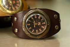 vintage steampunk watch - I would actually wear a watch if I had this