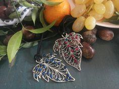 Autumn pendant. Leaf and gems