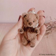 Miniature Teddy Bear, stuffed animal toy, collectible teddy bear, artist teddy, teddy for blythe, toy for doll, artist autor, vintage miniatures bear