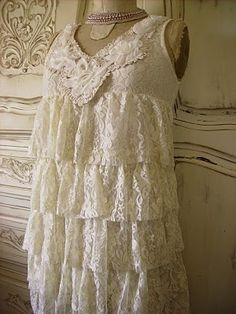 Oh i would soooo wear this!!!! lace..dress shabby chic