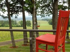 Chehalem Ridge Bed & Breakfast Newberg, OR May 13-19th, 2015 The Chehalem Ridge Bed and Breakfast sits atop Chehalem Mountain, overlooking the Willamette Valley, home to Oregon's Wine Country.  A quick picture with the sign then Red rushed down the driveway to soak in the view from the deck of pinot noir vineyards, fruit and nut orchards and a beautiful view of the town of Newberg.  Red was welcomed by innkeepers Kristin and Curt with a tour of Chehalem Ridge B&B's five guest rooms, four of…