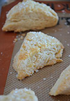 Vanilla Bean Scones | mountainmamacooks.com