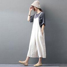 Leinen Overall Latzhose Zen Mori Pants Overalls Women, Bib Overalls, Dungarees Outfits, White Linen Shirt, White Denim, Choo, Casual Jumpsuit, Rompers Women, Wide Leg