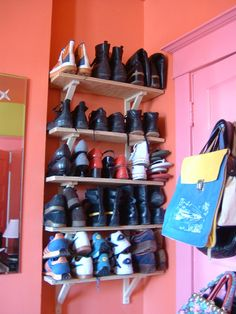 Easy Shoe Organization with Wall Shelves #DIY #organization #shoes