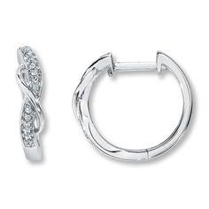 10K White Gold 1/15 Carat t.w. Diamond Earrings