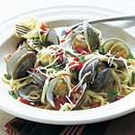 Fresh Garlic Linguine with Clams Recipe | MyRecipes.com