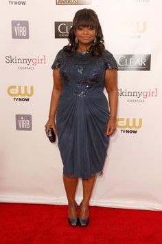 I love the colour of this dress that Octavia Spencer is wearing, and the draping is lovely too.