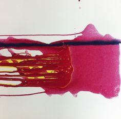 En av mina nya målningar. Bara älskar när färgen rinner i sin egnen form.  #painting #alicemurray