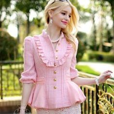 Buy 'Dabuwawa – Ruffle Chiffon-Hem Frilled Tweed Jacket' with Free International Shipping at YesStyle.com. Browse and shop for thousands of Asian fashion items from China and more!