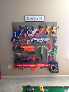 Nerf gun wall display - Ideas of Nerf Gun - Nerf gun wall. Best Picture For Nerf Gun Stor Nerf Birthday Party, Nerf Party, Nerf Gun Storage, Toy Rooms, Kids Bedroom, Room Kids, Bedroom Ideas, Game Room, Guns