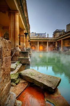 Roman Baths in Bath, England. Two of my favorite cultures: Rome and England. Places Around The World, Oh The Places You'll Go, Places To Travel, Places To Visit, Around The Worlds, Vacation Places, Vacation Ideas, Sightseeing London, Wonderful Places