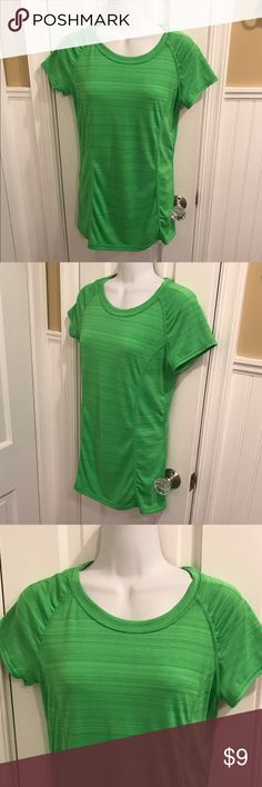 """Green exercise tee Gathers down the front sides. About 27"""" long. xersion Tops Tees - Short Sleeve"""